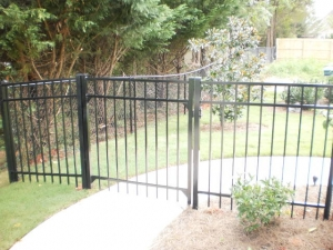 Top-Rated Aluminum Fences in Oakwood GA - The Fence Store - 2014-08-20_15