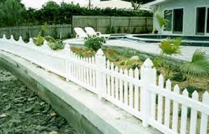 image-vinyl-fences-gallery-4.png